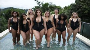 Ashley Graham with fellow models