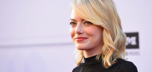 Emma Stone Hot Blonde Actresses
